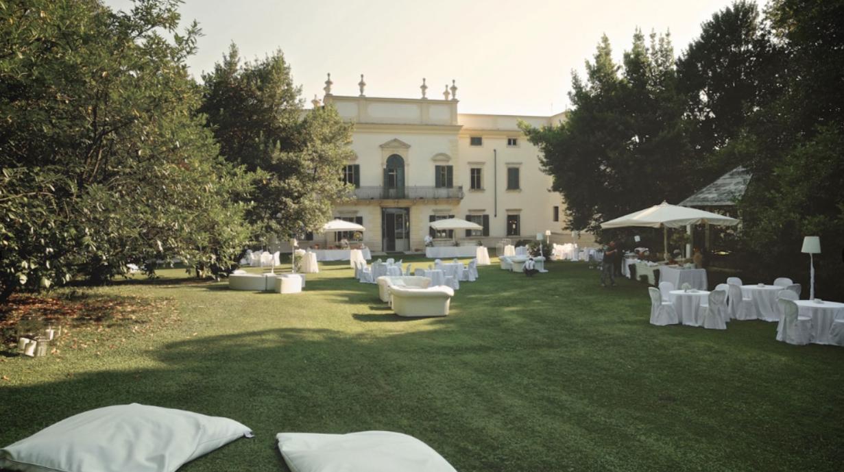 villa mosconi bertani giardino esterno